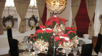 PHOENIXVILLE CANDLELIGHT HOLIDAY TOUR